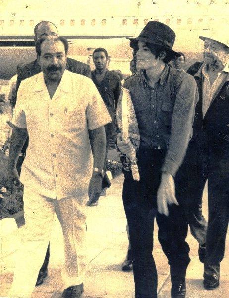 Raridades: Somente fotos RARAS de Michael Jackson. Mj-diana-ross-michael-jackson-9152072-462-600