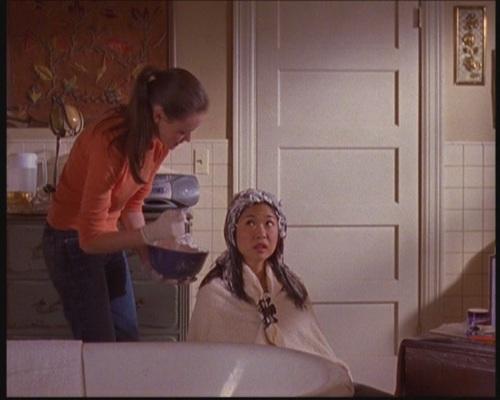 Gilmore Girls : les épisodes à voir avant le Revival ! One-s-Got-Class-and-the-Other-One-Dyes-gilmore-girls-3178335-500-400