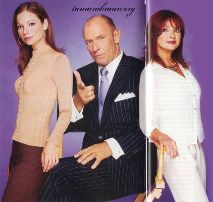 Nell - Page 4 Bobbie-Spencer-John-Durant-with-daughter-Carly-played-by-Tamara-Braun-general-hospital-couples-6867464-422-400