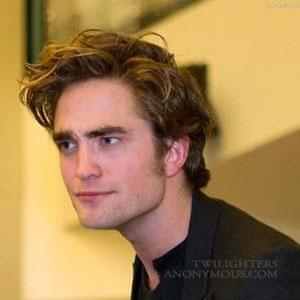 Your face when Twilight-Thingys-Top-10-Rob-s-Funny-faces-twilight-series-7450690-300-300