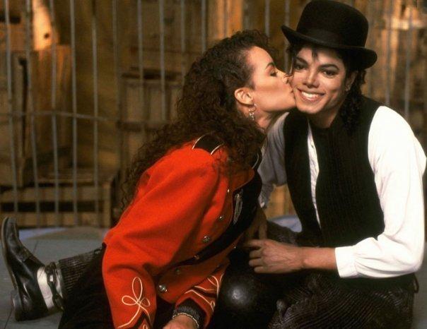 Immagini donne e presunte amanti di Michael - Pagina 9 Michael-Tatiana-michael-jackson-7717470-604-466