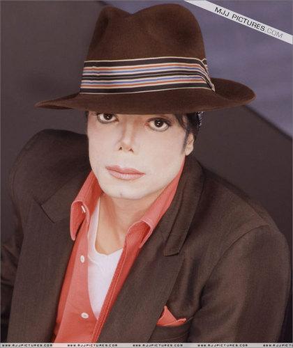 Cerco Immagini - Pagina 3 You-Rock-My-World-michael-jackson-7960957-420-500