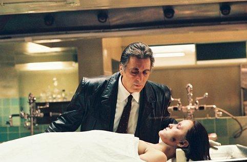 Le dernier film que vous avez vu - Page 2 Al-Pacino-in-Insomnia-cop-movies-8303960-482-316