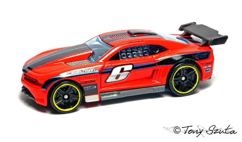 Hot Wheels 2011 800px-Custom_11_camaro_red_2011