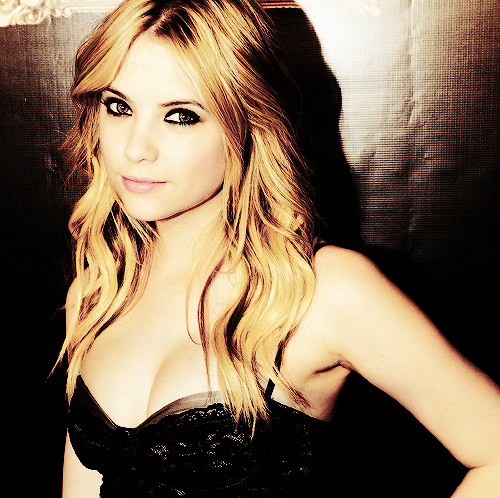 Nyx Elvyne Ashley-Benson-ashley-benson-22496170-500-498
