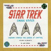 Memory Alpha Francophone 180px-Star_Trek_Cross-Stitch_cover