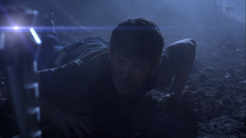 Teen Wolf (II) - Page 3 800px-Teen_Wolf_Season_3_Episode_8_Visionary_Ian_Nelson_Young_Derek_Hale_on_the_run