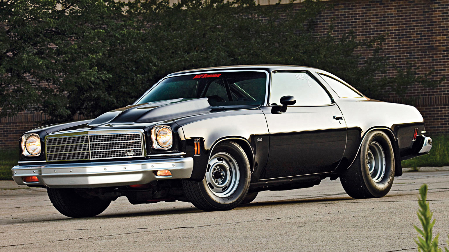 Cowl hood 73-77 Monte who has one? 255657