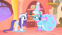 Rarity a unicornio 201px-Rarity-and-Rainbow-Dash-my-little-pony-friendship-is-magic-33884651-500-281
