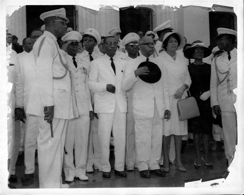 Pages d'histoire de l'époque Duvalierienne J_R_B_1017-vi