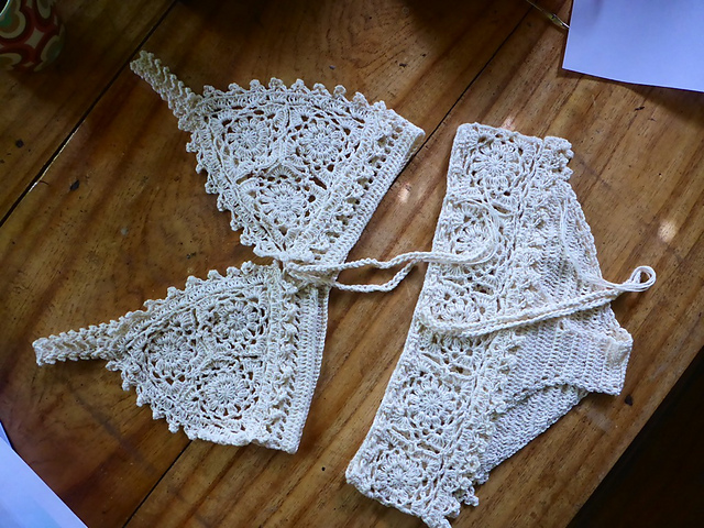 Bikini a crochet Walkernightsfo2_medium2