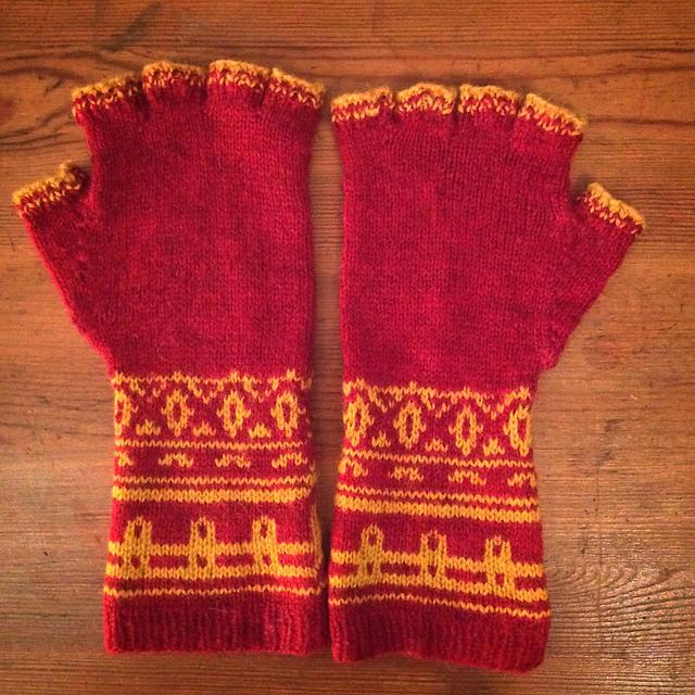 Hetkel tasuta või soodukaga mustrid netis - Page 10 Journey_mitts_knit_medium2