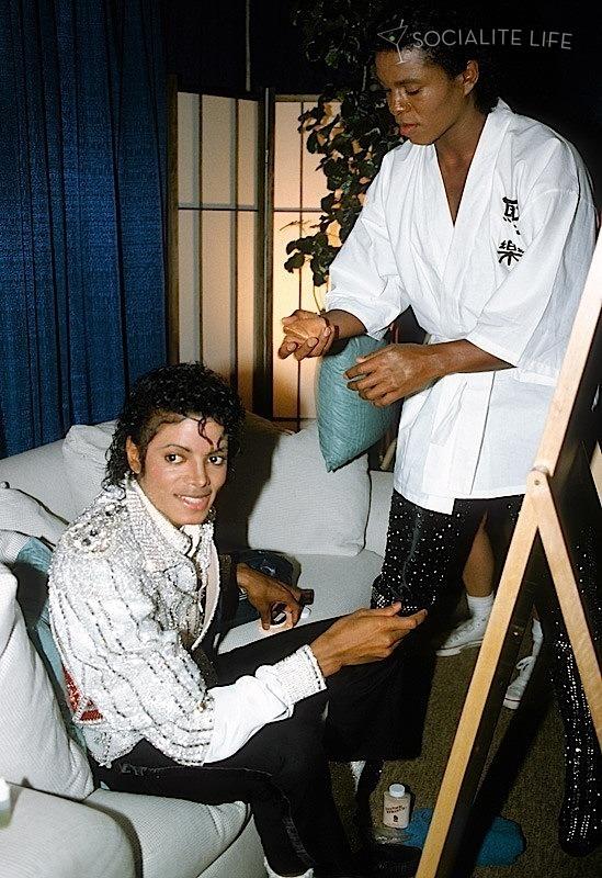 Raridades: Somente fotos RARAS de Michael Jackson. MJ-michael-jackson-15505893-549-800