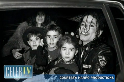Raridades: Somente fotos RARAS de Michael Jackson. - Página 2 -michael-jackson-17559351-500-329