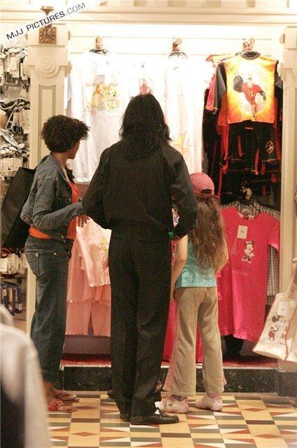 Raridades: Somente fotos RARAS de Michael Jackson. - Página 6 MICHAEL-michael-jackson-18114325-425-640