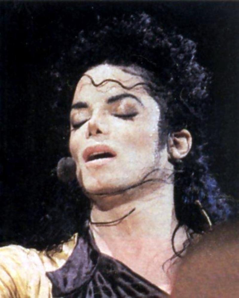 A foto do dia - Página 14 Michael-michael-jackson-19764281-800-997