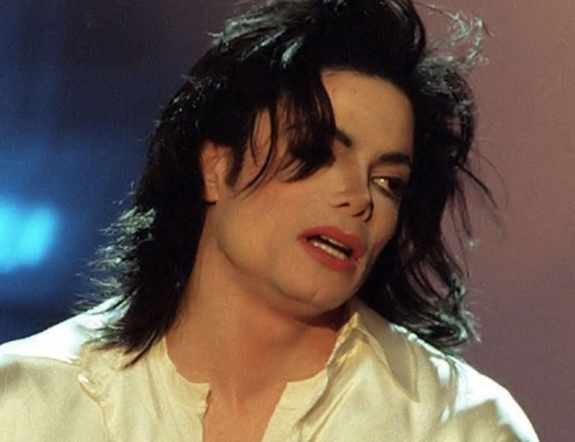 "Immagini era ""HISTORY"" - Pagina 8 Gorgeous-MJ-michael-jackson-20387962-832-640"