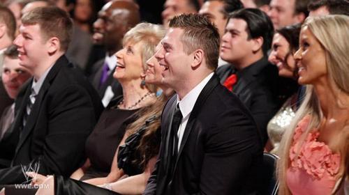WWF Hall of Fame 2020. The-Miz-at-WWE-Hall-of-Fame-2011-the-miz-michael-mizanin-20775449-500-280