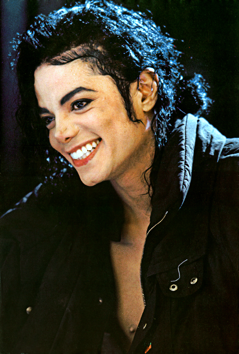 Il sorriso di Michael - Pagina 30 MJJ-PHOTO-EXCELLENT-michael-jackson-20881633-800-1186
