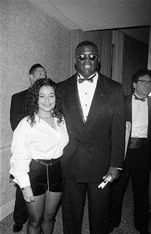 E' morto il cognato di MJ, marito di Rebbie REBBIE-JACKSON-WITH-HER-HUSBAND-NATHANIEL-BROWN-1994-maureen-reillette-rebbie-jackson-23799065-220-340