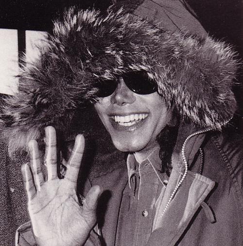 Raridades: Somente fotos RARAS de Michael Jackson. - Página 2 Mikey-michael-jackson-23812832-500-505