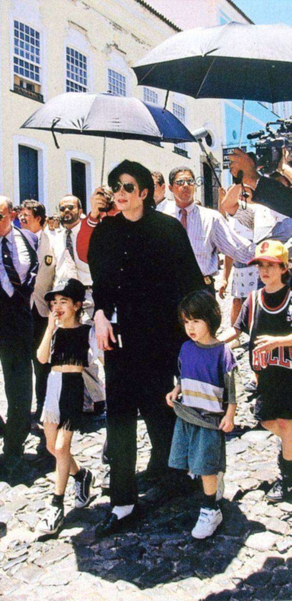 Raridades: Somente fotos RARAS de Michael Jackson. - Página 2 -michael-jackson-24196909-600-1231