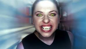 [teoria] Como se Tornar Realmente Um Vampiro Erica-vampire-form-kate-todd-25207008-296-170