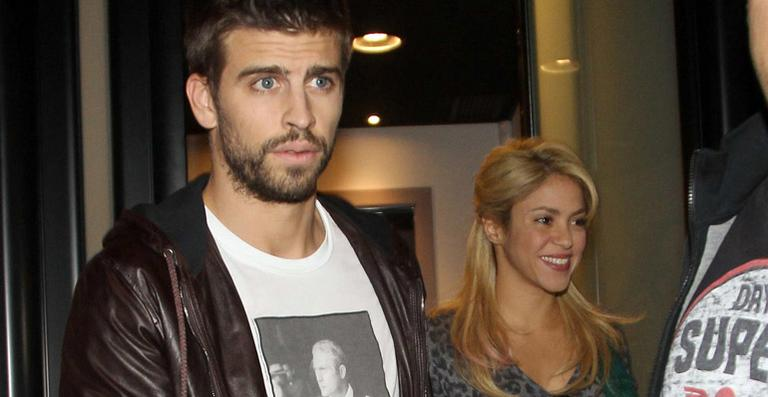 Shakira and Pique. - Page 3 Shakira-and-piqu-car-big-picture-gerard-pique-27488258-768-397