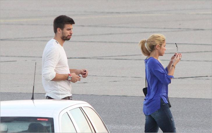 Shakira and Pique. - Page 2 Pique-tonque-gerard-pique-28267595-728-456
