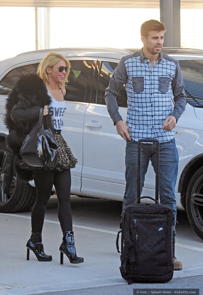 Shakira and Pique. - Page 2 Ridiculous-couple-gerard-pique-28267750-800-1159
