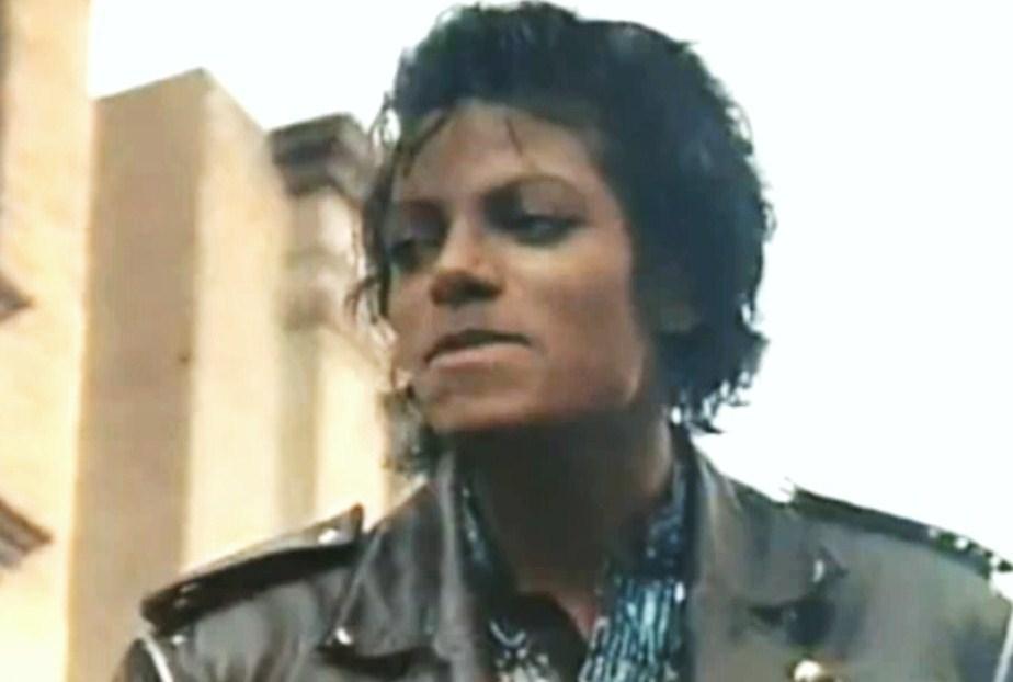 """Immagini vietate ai """"deboli di cuore"""" - Pagina 7 GOD-IM-CRAZY-IN-LOVE-WITH-YOU-MJ-michael-jackson-28681398-924-622"""