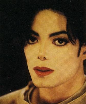 Raridades: Somente fotos RARAS de Michael Jackson. - Página 5 Childhood-michael-jackson-29356406-336-403