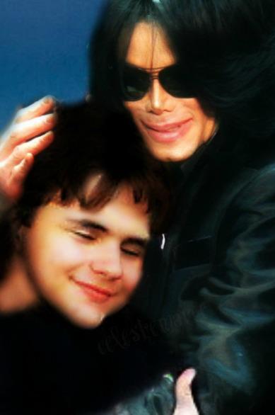 Immagini MJ Fotomontaggi - Pagina 9 Prince-Michael-prince-michael-jackson-29848766-389-586