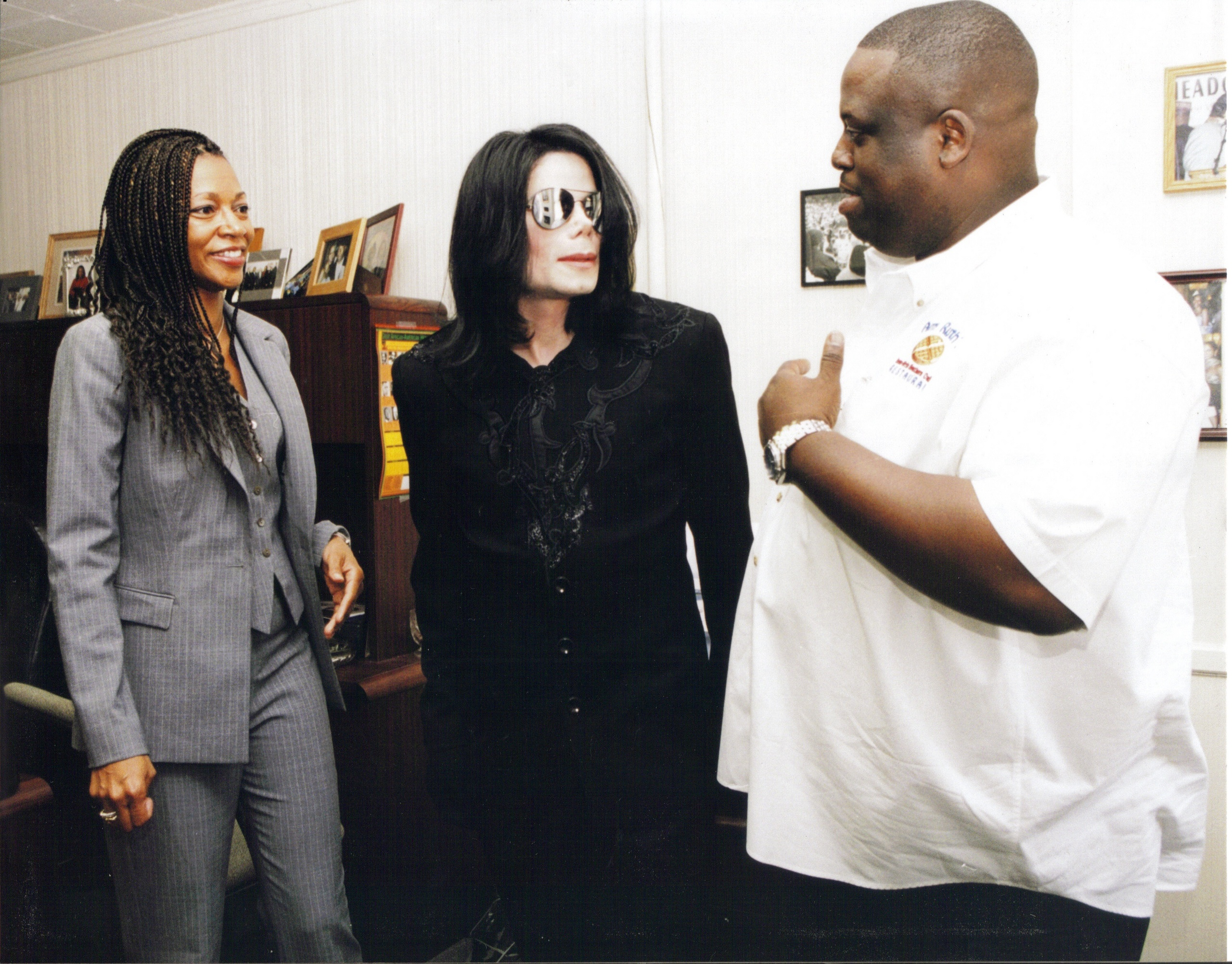 Raridades: Somente fotos RARAS de Michael Jackson. - Página 6 -michael-jackson-30629336-2560-2002