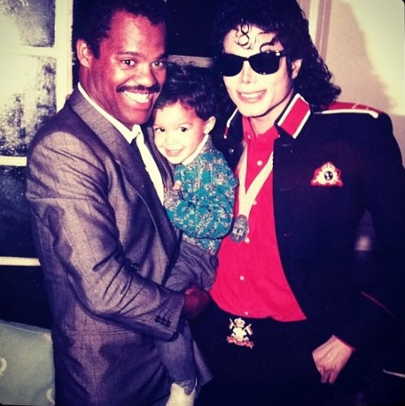 Raridades: Somente fotos RARAS de Michael Jackson. - Página 6 -michael-jackson-30629349-457-459