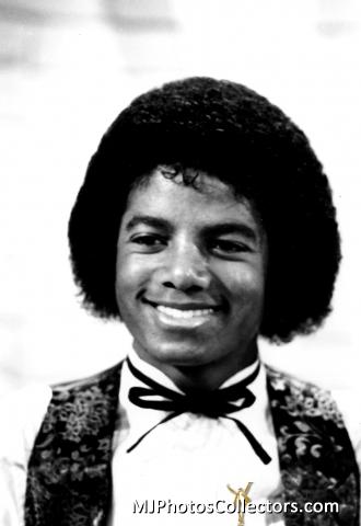 Raridades: Somente fotos RARAS de Michael Jackson. - Página 6 Michael-3-michael-jackson-30629463-330-480