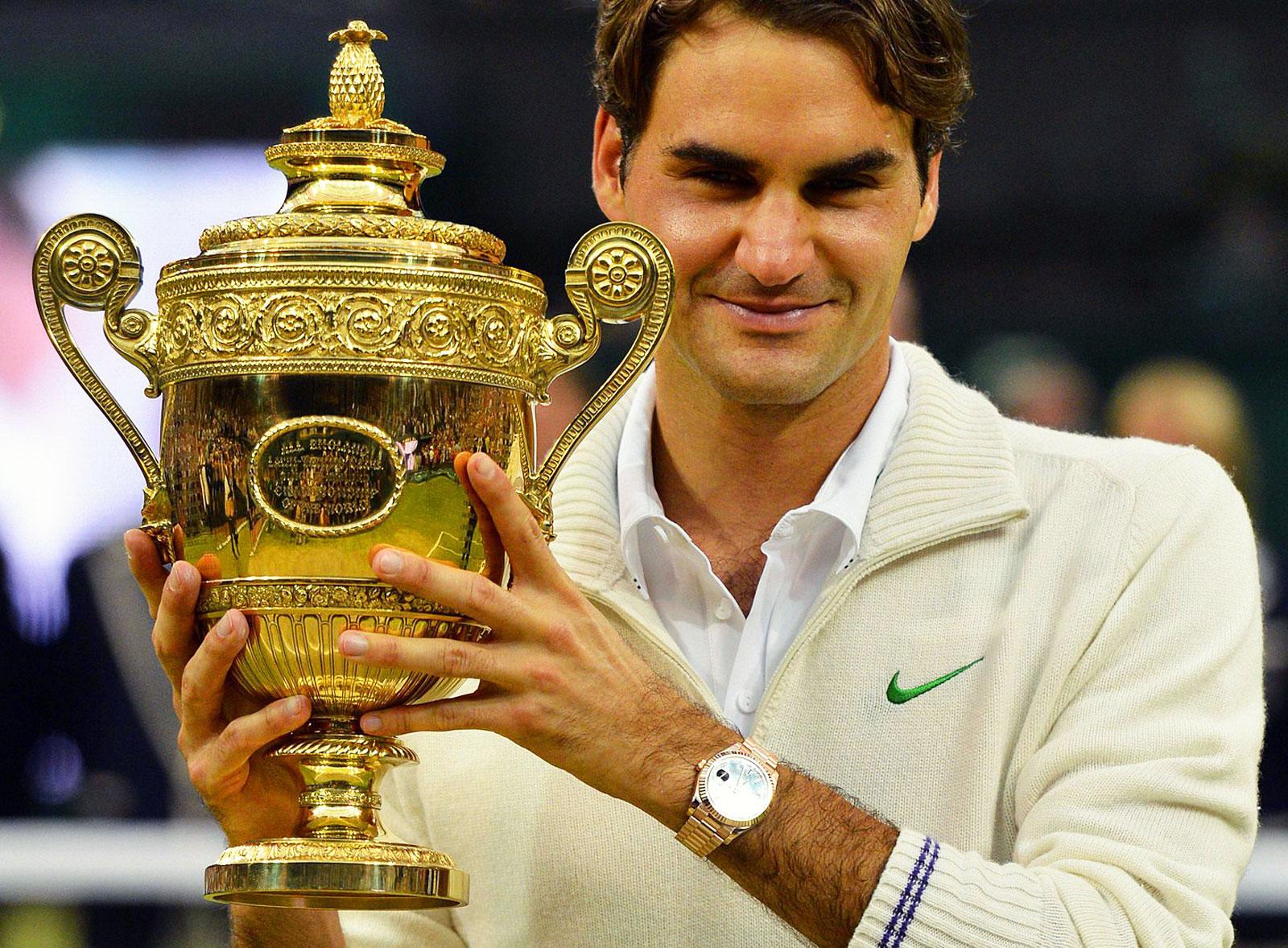 Sta guardando un foglio di personaggio -Roger-Federer-roger-federer-31421708-1600-1178