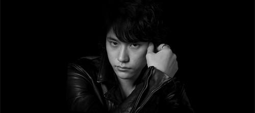 Eiji Denzel Kenichi-looks-good-in-black-leather-kenichi-matsuyama-31456674-500-223