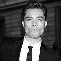 Entrevue Ed-ed-westwick-32008985-200-200