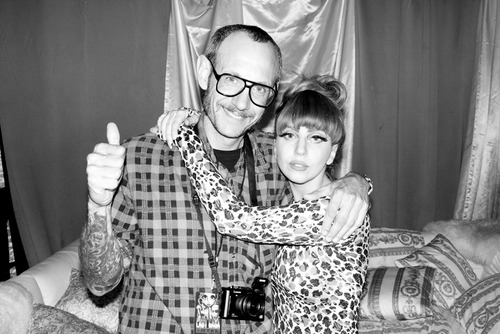 Película >> Lady Gaga Movie by Terry Richardson Photos-of-Gaga-by-Terry-Richardson-lady-gaga-32006902-500-334
