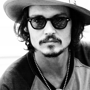 What do you look like in real life? Johnny-johnny-depp-32286187-300-300