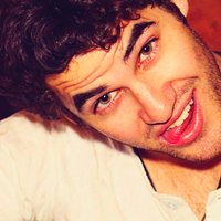 (m) darren criss ▶ All you need is love Icons-darren-criss-32327781-200-200