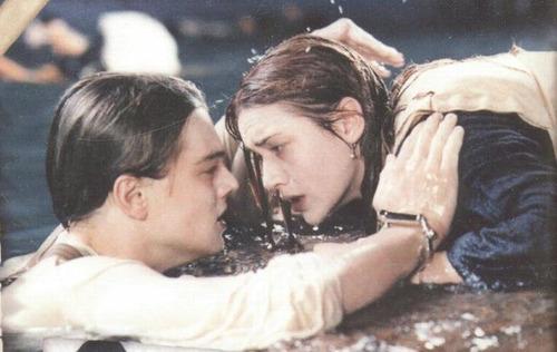 Curiosidades de películas famosas Titanic-leonardo-dicaprio-33375763-500-316