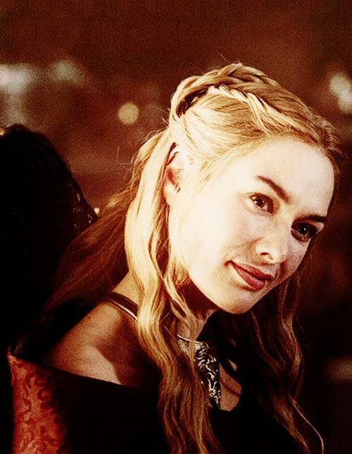 მსახიობები ,რომლებსაც დედოფლის როლი უთამაშნიათ !!! Got-game-of-thrones-34210625-500-645