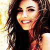 """Cours, Astérixsme, cours!"" Victoria-Justice-Icons-victoria-justice-35186893-100-100"
