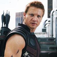 Captain America: Civil War - Página 29 Jeremy-Renner-as-Hawkeye-icons-jeremy-renner-35203806-200-200