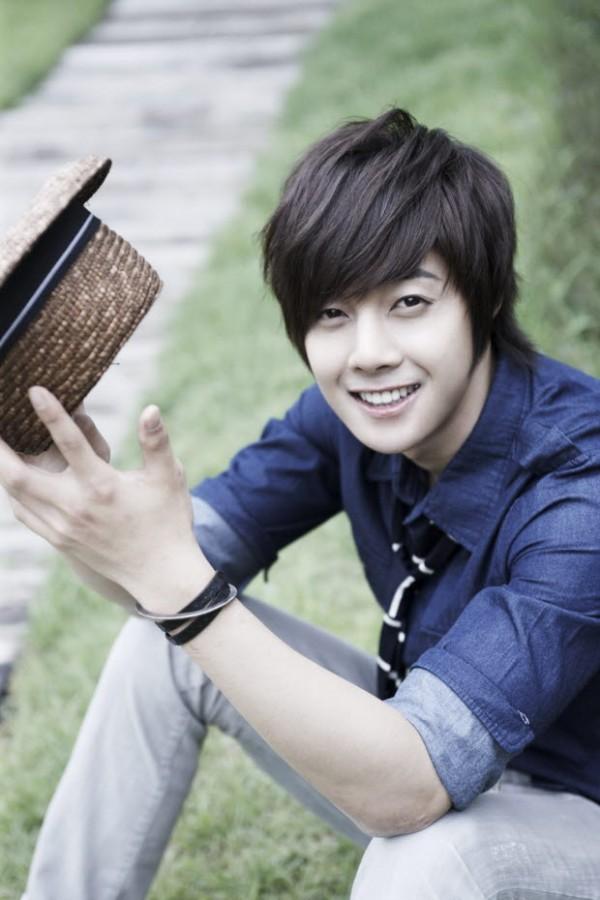 Азия - дорамы & k-pop Kim-Hyun-Joong-3-kim-hyun-joong-35736149-600-900