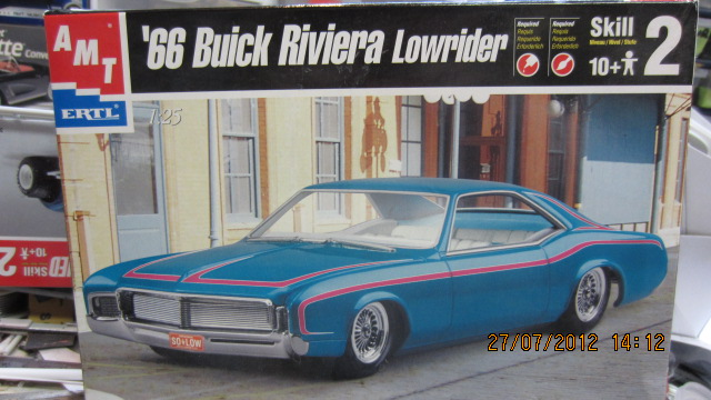 "1966 Buick Riviera Custom ""Black Panther"" Photo-vi"