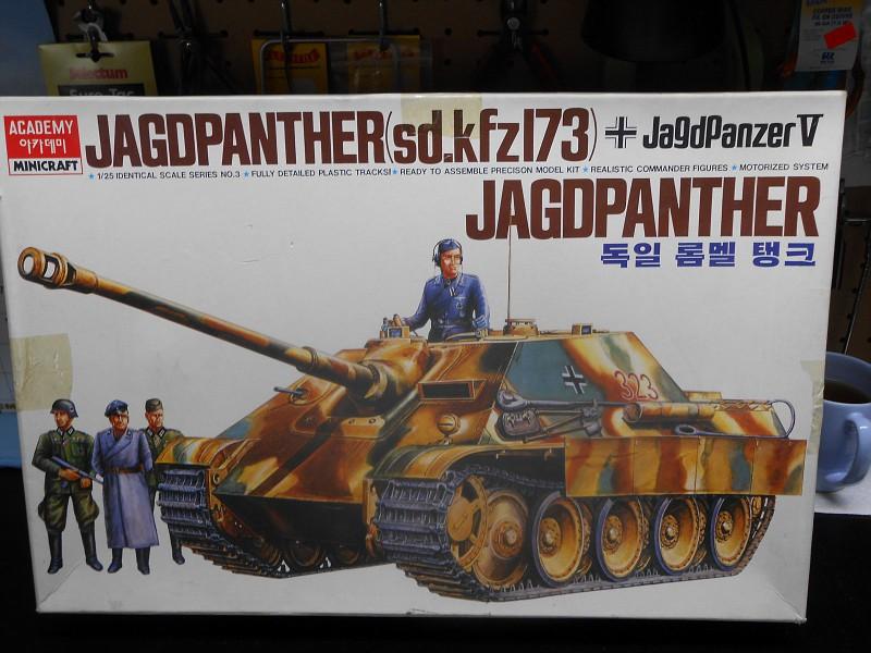 Jagdpanther WW II 1/25 Défi Killroytech DSCN0683-vi
