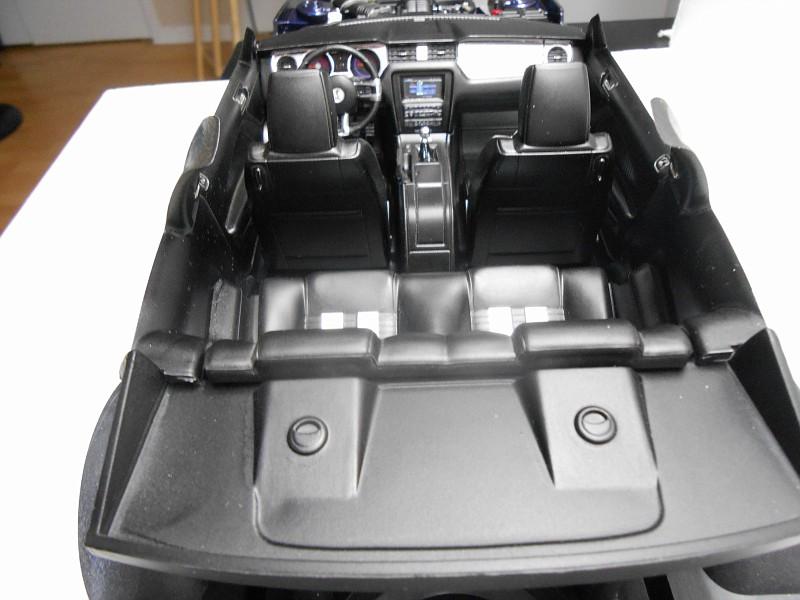 2010 SHELBY GT-500 REVELL 1:12 - Page 3 DSCN0590-vi